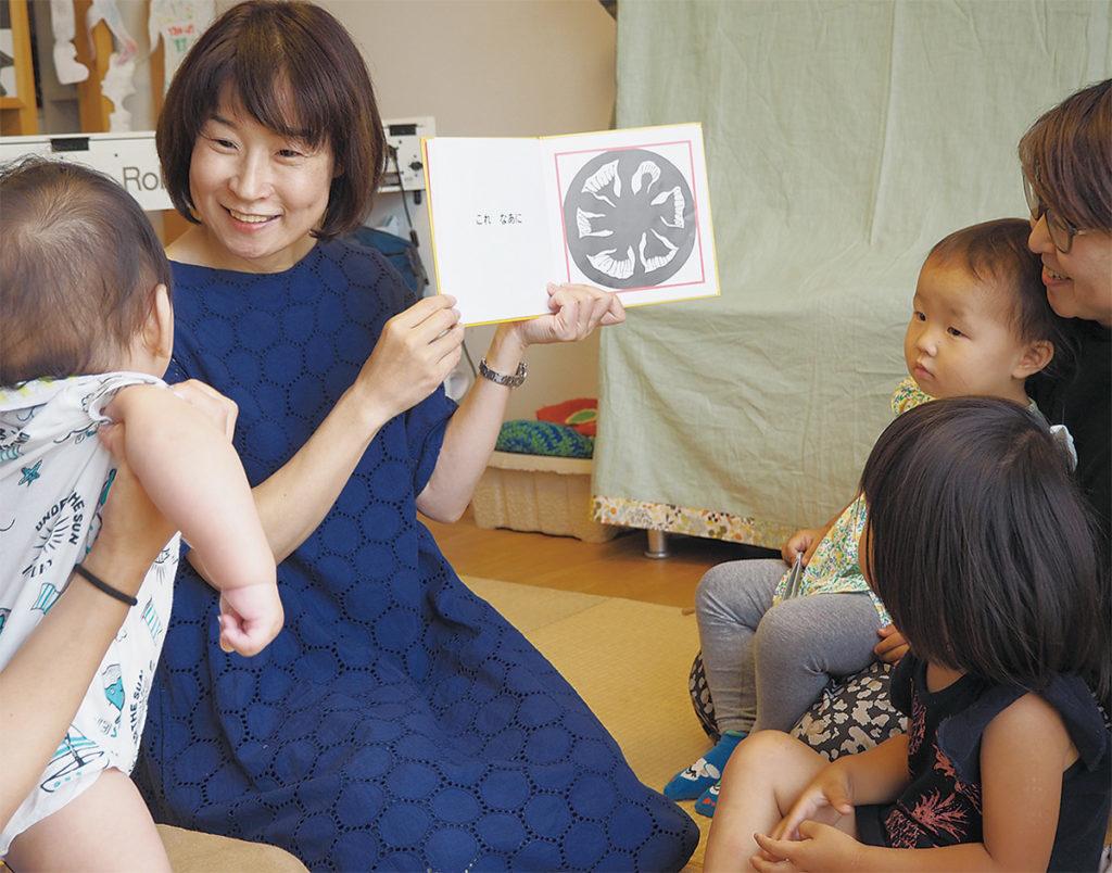 絵本講師の内田早苗さん